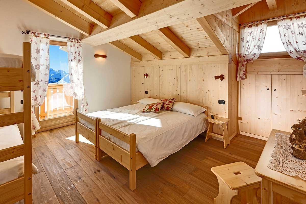 Room 6 - Suite Family - Averau Mountain Hut - 5 Torri - Dolomites - Cortina d'Ampezzo