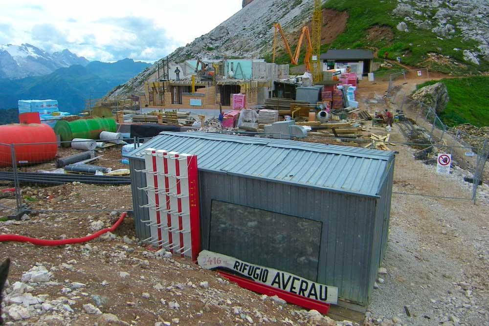 2010 Ricostruzione del Rifugio Averau in 5 Torri a Cortina d'Ampezzo