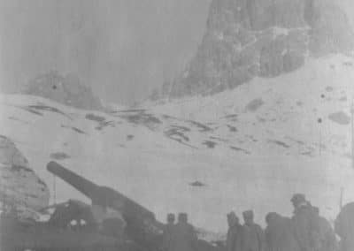 Artiglieria Prà Pontin - Grande Guerra Rifugio Averau - 5 Torri - Cortina d'Ampezzo © Collezione Carlo Balelli