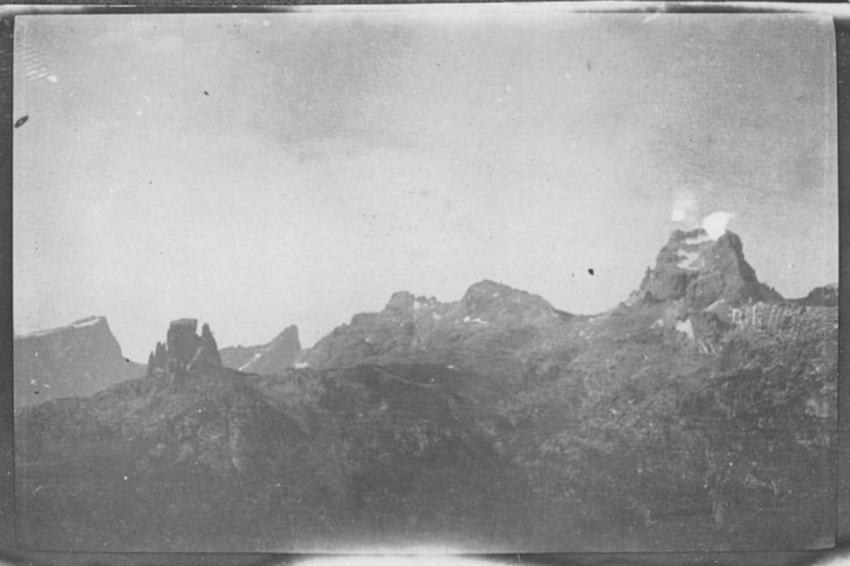 Immagine Aerea Grande Guerra al Rifugio Averau - 5 Torri - Cortina d'Ampezzo © Collezione Carlo Balelli
