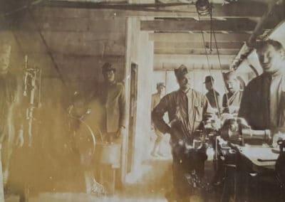 Officina del campo militare - Grande Guerra al Rifugio Averau - 5 Torri - Cortina d'Ampezzo © Collezione Museo Storico 7° Reggimento Alpini